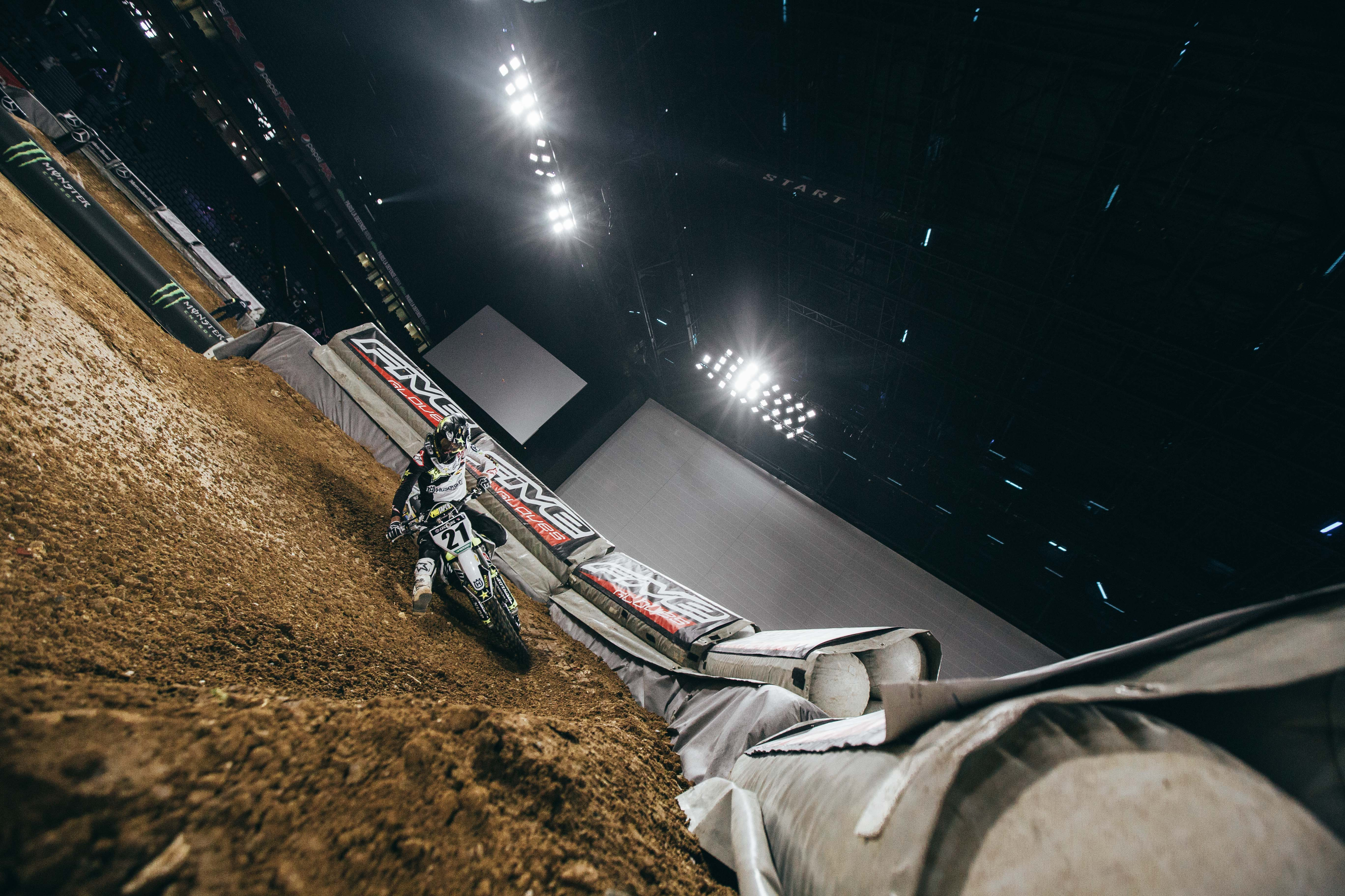 Five Gloves x Supercross Paris